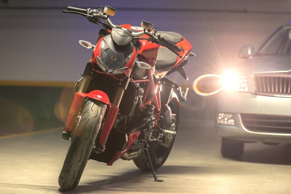 Diferenças entre a bateria de carro e moto.